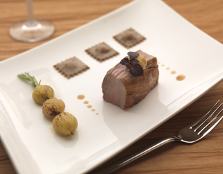 Recipe - Pork tenderloin with myrtle and chestnut, broccio and chestnut ravioli