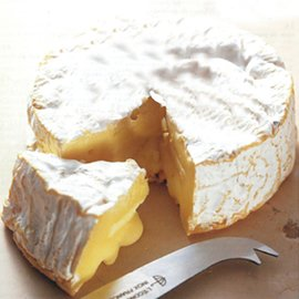 チーズアカデミー「貴族に愛された白カビチーズ・カマンベールVSブリ」