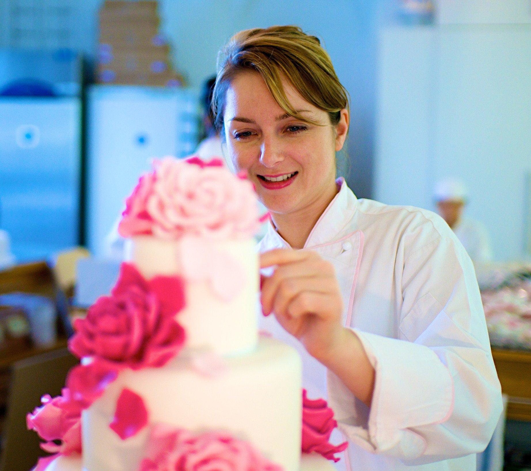 le cordon bleu london alumni peggy porschen queen of cake decorating - Cake Decorator