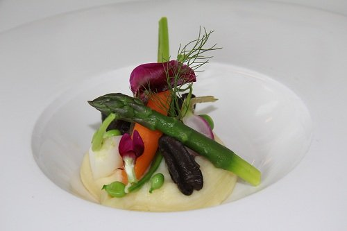 Recipe - Snails with fennel, garlic cream, spring vegetables and herb emulsion