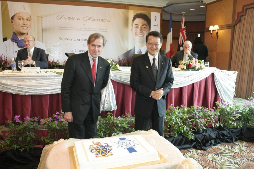 President André Cointreau and Tan Sri Dato' Seri Dr Jeffrey Cheah