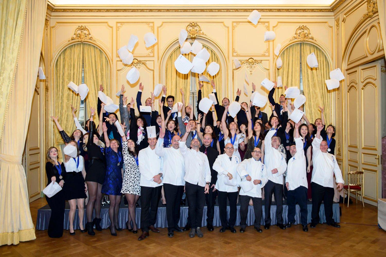 Cuisine Provencale Blanche Et Bleue le cordon bleu paris graduation ceremony december 2015