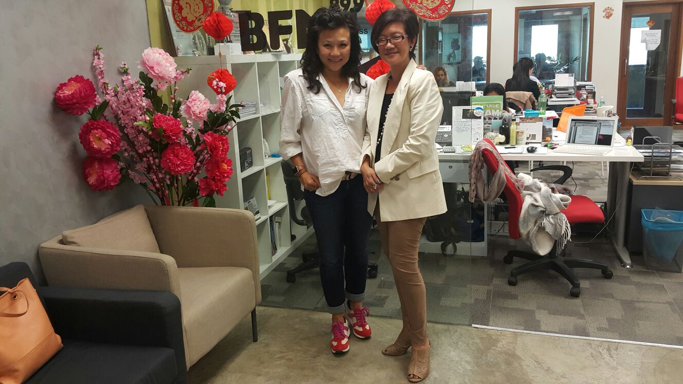 General Manager of Le Cordon Bleu Malaysia, Ms. Ming Ho with Radio Deejay, Faye of BFM.