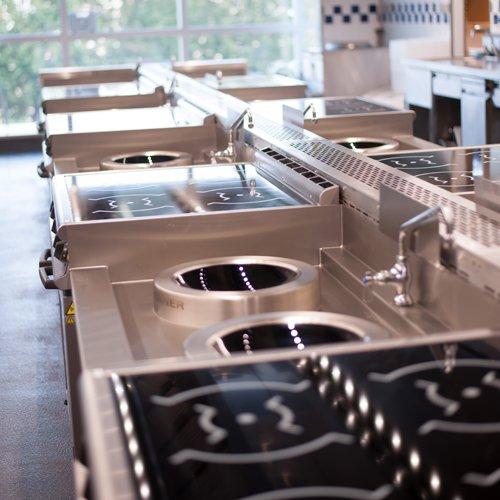 Salle cuisines asiatiques de l'école Le Cordon Bleu Paris