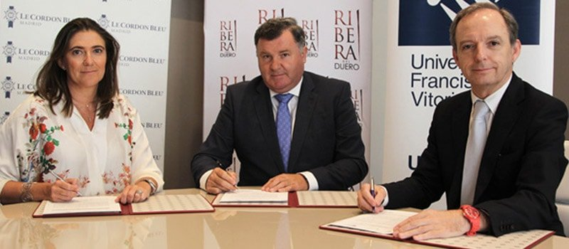 Firma del convenido entre Ribera del Duero, Le Cordon Bleu Madrid y la UFV
