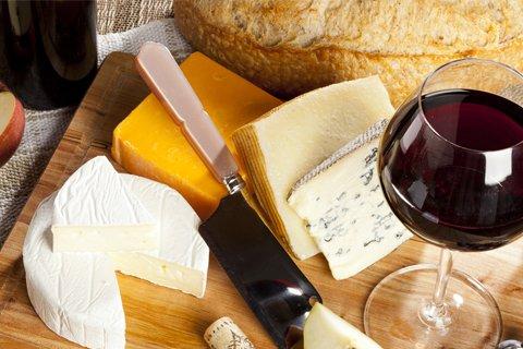 資格も目指せるチーズ講座