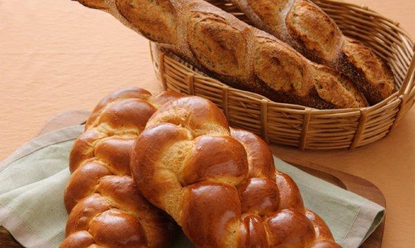 この秋、手作りパンのデビューはいかが?