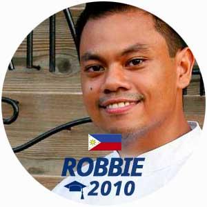 Diplômé Robbie Ripalda