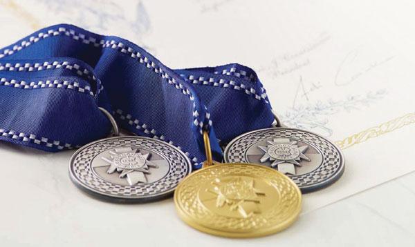 Le Cordon Bleu diplomas and medals