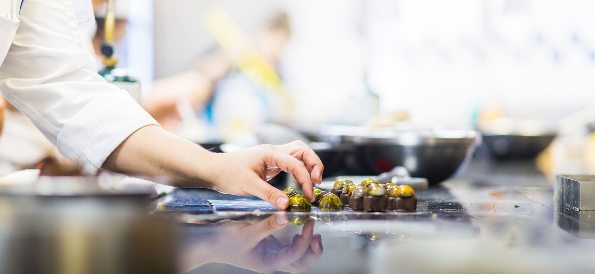 chocolate making at le cordon bleu london pastry school