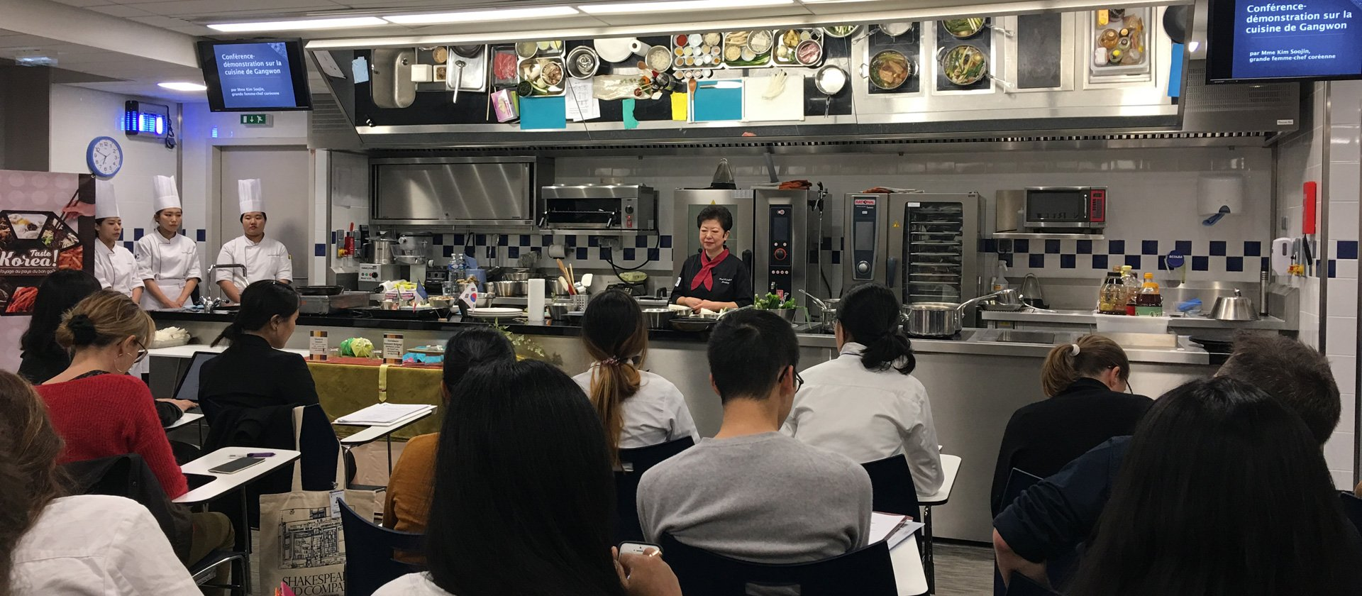 Conference-demonstration on the cuisine of Gangwon by Kim Soojin, a leading female Korean chef