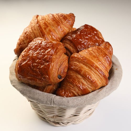 bread and freshly baked pastries Le Café Le Cordon Bleu Paris