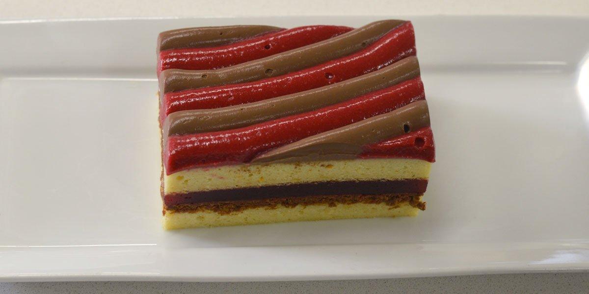 Cake Revisité Framboise, Sésame, Chocolat noir