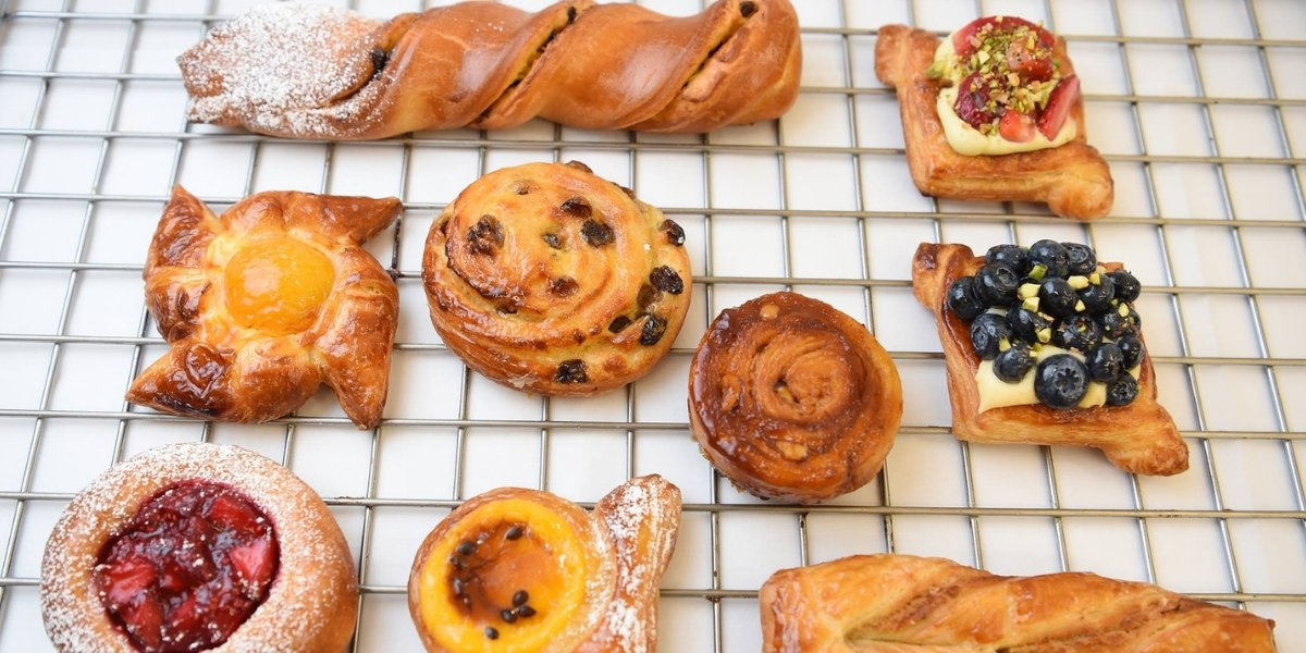 What are pâtisserie, boulangerie and viennoiserie?