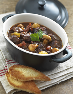 Recipe - Beef stew in red wine, with bacon, onions, and mushrooms