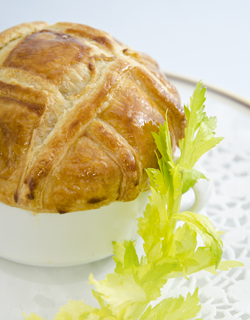 Recipe - Quail consommé flavored with celery in puff pastry