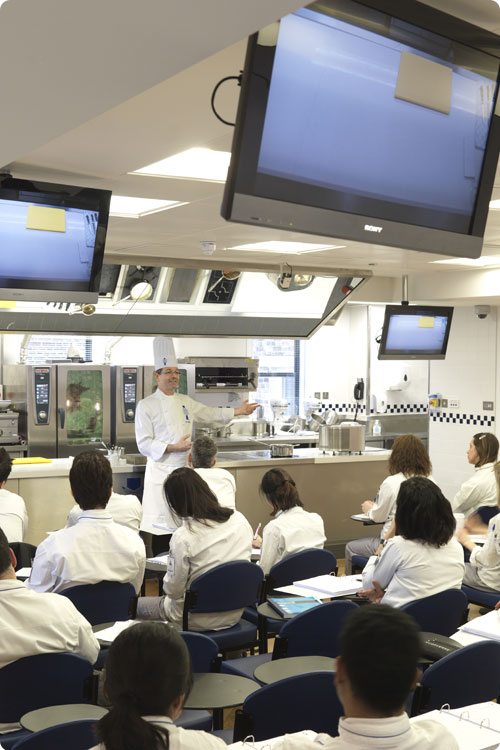 Facilities at Le Cordon Bleu London - Demonstration room