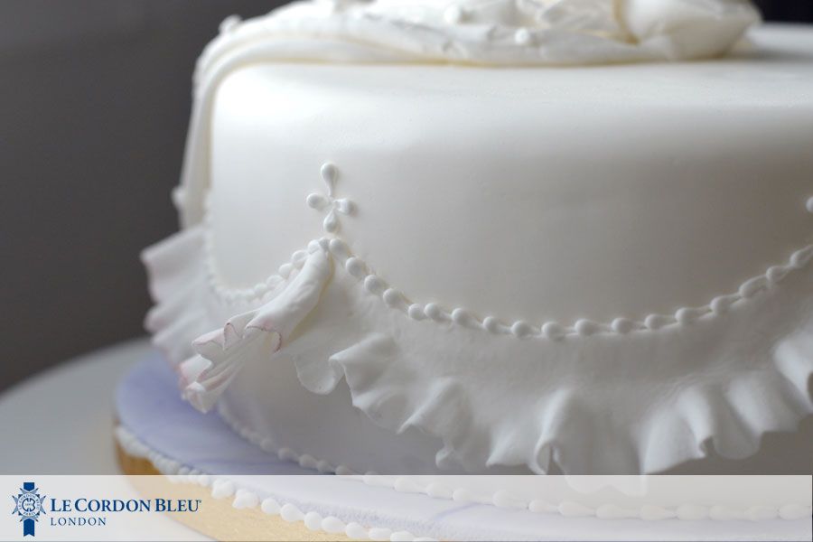 Cake Decor Zimbabwe : Cake Decorating